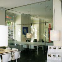 Glastrennwand / Ganzglasanlage